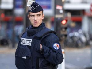 Франция полиция