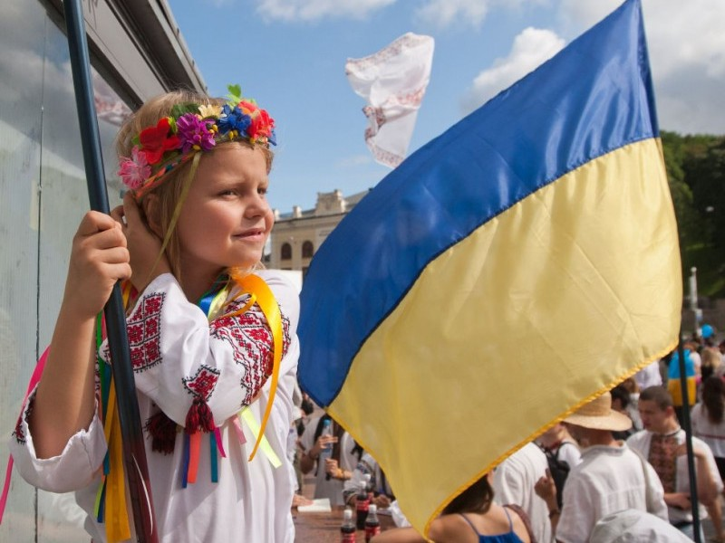 Украина обиженный ребёнок